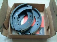 Full Set New Rear Brake Shoes 123E Anglia 1200cc