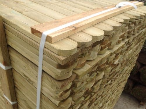 Planed Smooth Round Top Palings/Picket Fencing 70x18mm