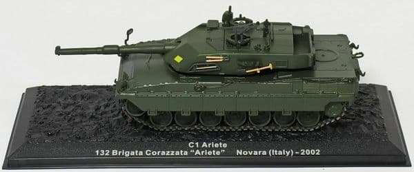 Atlas GJ12 1/72 Scale Tank Italy Italian C1 Ariete 132 Corazzata  Novara 2002