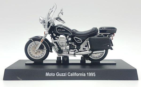 Atlas KR32 1/24 Scale Moto Guzzi California 1995 - Motor Bike - Carabinieri Italian Police