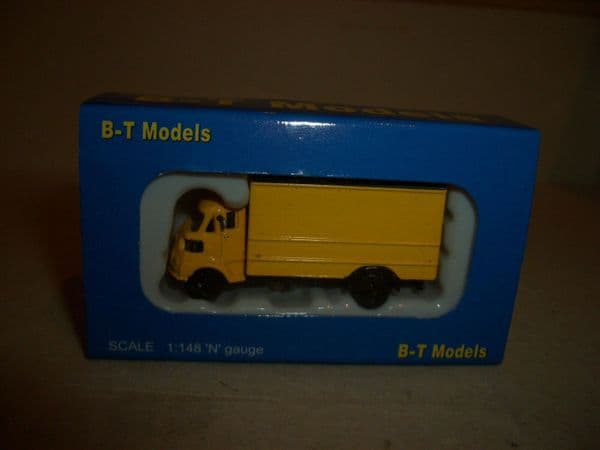 B T Models NP002 1/148 N Gauge  Leyland FG Box Van Yellow