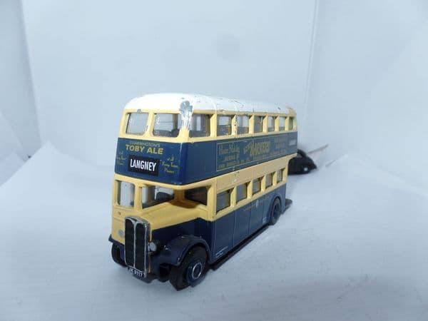Corgi OOC 40403 AEC Regent II Bus Eastbourne Corporation Langney  UB Chip