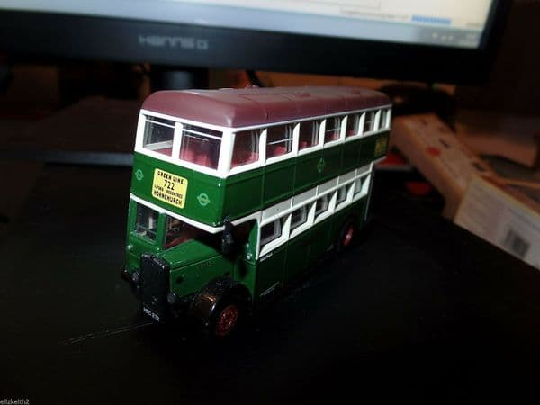 Corgi OOC 43905 Daimler CW Utility Bus Green Line 722 Hornchurch NC