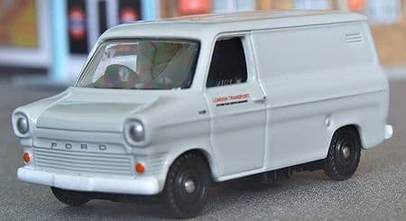 Corgi Trackside DG200 Ford Transit Van London Transport UB