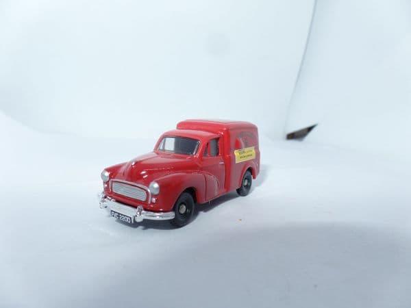 Corgi Trackside DG211 1/76 OO Scale  Morris  Minor 1000 Van Royal Mail Post Office Red UB