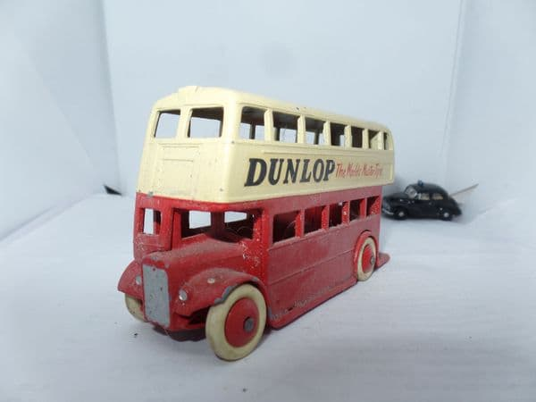 Dinky 29C 290 Bus Red & Cream Leyland Radiator with Roof Box  White Tyres Dunlop UB