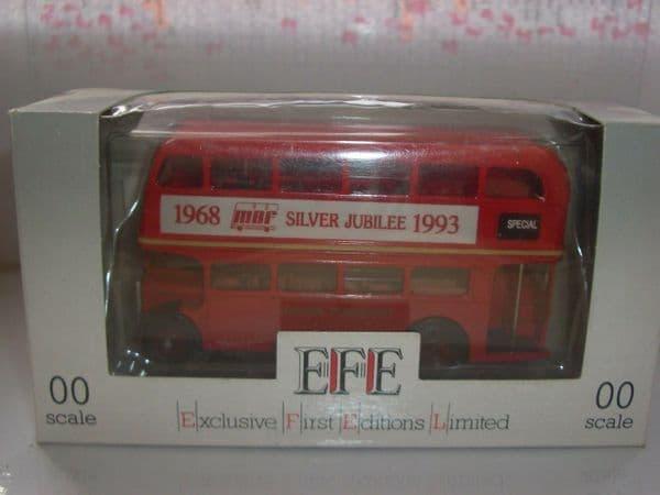 EFE 11102A Leyland RTL Model Bus Federation Silver 1993 London Transport 77A