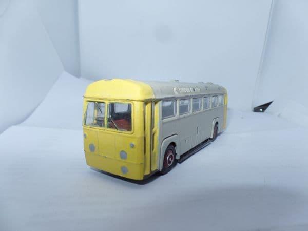 EFE 233xx AEC RF Bus London Country NBC  Tow  Hook Towing Bus  Yellow & Grey UB