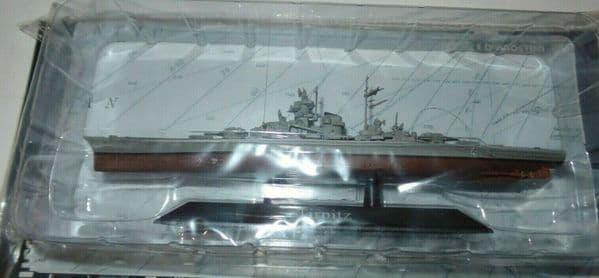 KZ12 Atlas DeAgostini 1/1250 Scale German Tirpitz Battleship 1939
