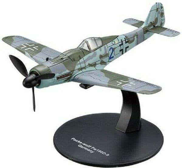 LG15 1/72 Scale Focke Wulf Fw 190 D-9 Fighter German Air Force World War II