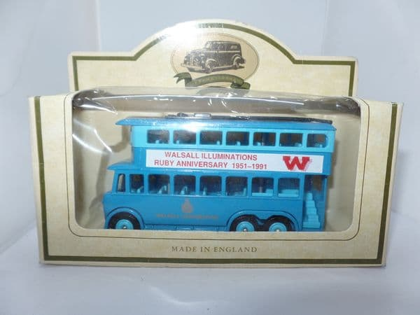 Lledo DG041 Karrier E6 TrolleyBus Walsall Illuminations Ruby Anniversary Trolley bus boxed with cert