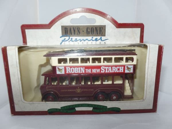 Lledo DG041000 Karrier E6 TrolleyBus  Borough of Doncaster Robin the new Starch
