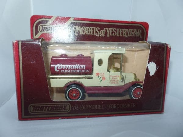 Matchbox Models of Yesteryear Y3 1912  Ford Model T Van 1912 Carnation Farm Products Torn Box