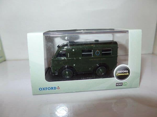 Oxford 76AK014 AK014 1/76 Austin 3 way K8 Ambulance Welfarer Civil Defence Green
