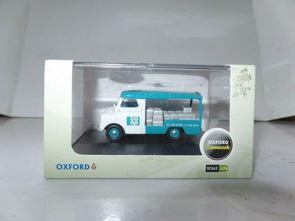Oxford 76CA023 CA023 1/76 OO Scale  Bedford CA Van COOP Dairy Milk Float