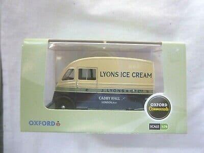 Oxford 76CM009 CM009 1/76 OO Scale Commer Van Q25  Lyons Ice Cream