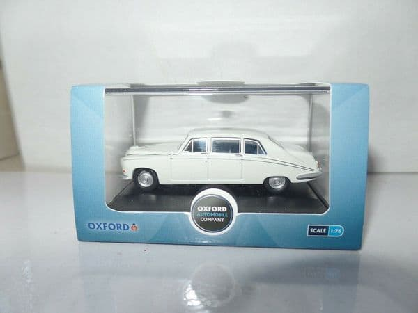 Oxford 76DS001 DS001 1/76 OO Scale Daimler DS420 White Limousine Wedding Car
