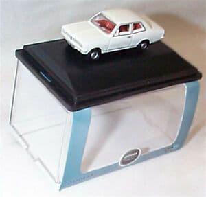 Oxford 76HB004 HB004 1/76 OO Scale Vauxhall  Viva HB Monaco White