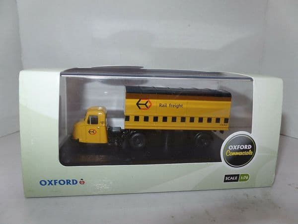 Oxford 76RAB009 RAB009 1/76 OO Scale Scammel Scarab Railfreight Yellow