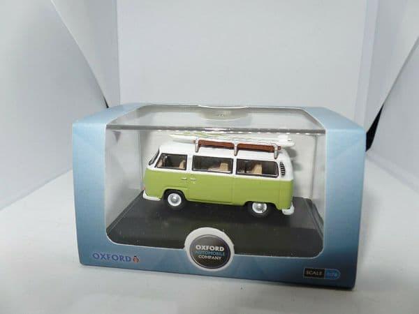 Oxford 76VW028 VW028 VW Bay Window Camper Lime Green & White Surfboards
