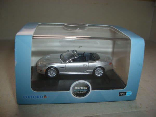 Oxford 76XK002 XK002 1/76 OO Scale Jaguar XK 2013 Rhodium Silver  Convertable