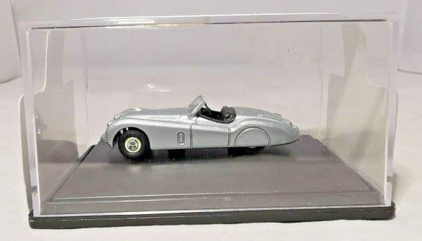 Oxford 76XK120002  XK12002 1/76 OO Scale Jaguar XK120 Silver