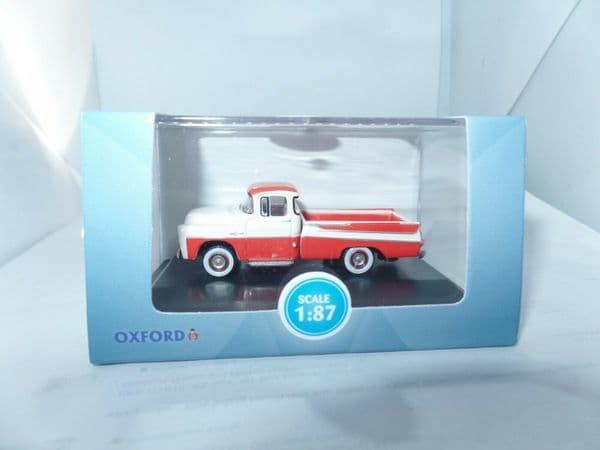 Oxford 87DP57001 DP57001 1/87 HO Dodge D100 Sweptside Pick Up Coral / White