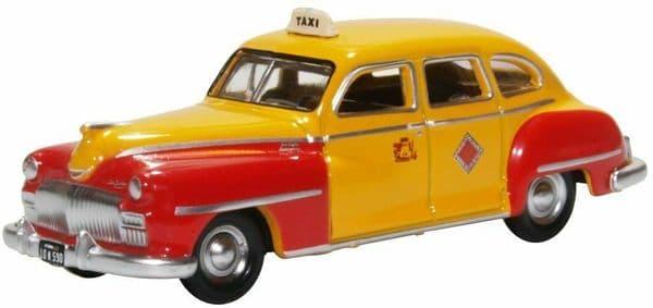 Oxford 87DS46002 DS46002 1/87 HO Scale DeSoto Suburban 1946-48 San Francisco Taxi Orange Red
