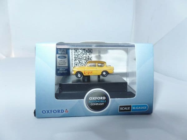 Oxford N105008 N Gauge 1/148 Scale Ford Anglia Yellow Flames Vyvyan Young Ones