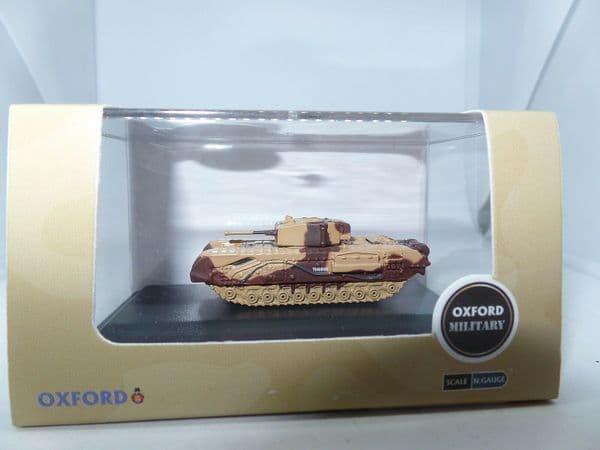 Oxford NCHT001 N Gauge 1/148 Churchill Tank Kingforce Major King El Alamein
