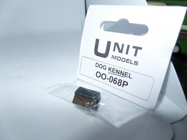Unit Models OO-068P 1/76 OO Scale Dog kennel (Painted)