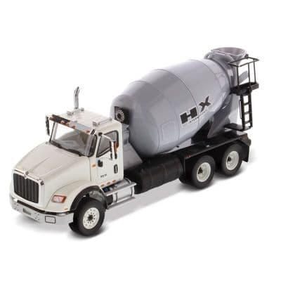 DiecastMasters International HX615 6x4 Concrete Mixer