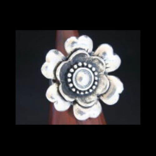 Ladies Adjustable Metal Flower Design Fashion Ring