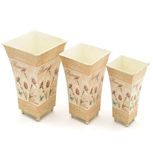 Set of three Metal Planters in a lovely Daisy design