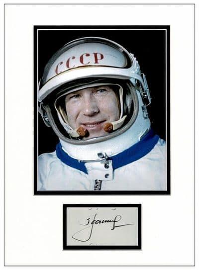 Alexei Leonov Autograph Signed Display