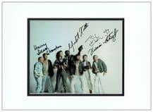 Alien Cast Autograph Signed Photo