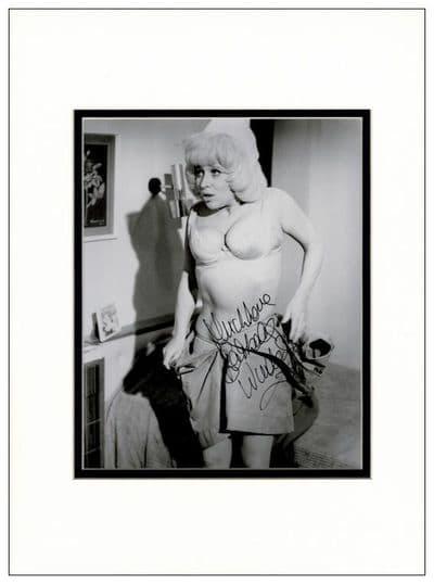 Barbara Windsor Signed Photo - Carry On