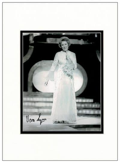 Dame Vera Lynn Autograph Signed Photo - We'll Meet Again