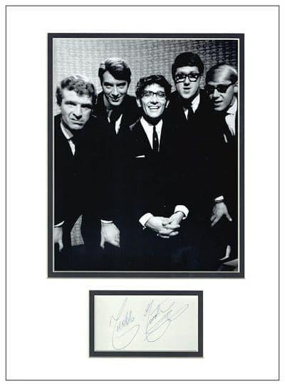 Freddie Garrity Autograph Signed Display