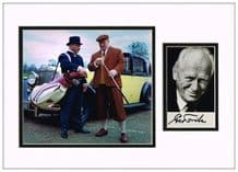 Gert Frobe Autograph Signed Photo Display - Goldfinger