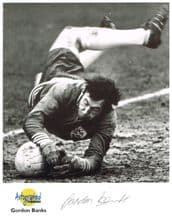 Gordon Banks Autograph Signed Photo
