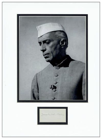 Jawaharlal Nehru Autograph Signed Display