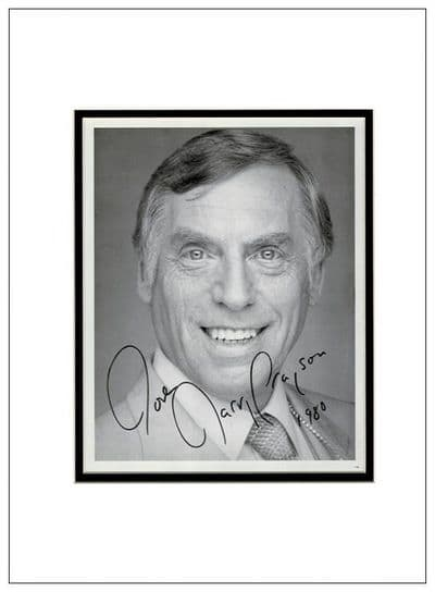 Larry Grayson Autograph Signed Photo - The Generation Game
