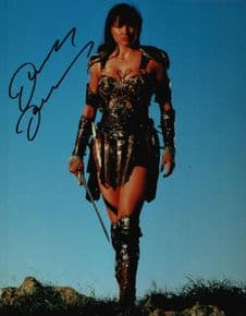 Lucy Lawless Autograph Signed Photo - Xena