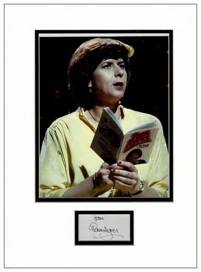 Pam Ayres Autograph Signed Display