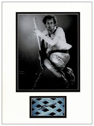 Pete Townshend Autograph - The Who