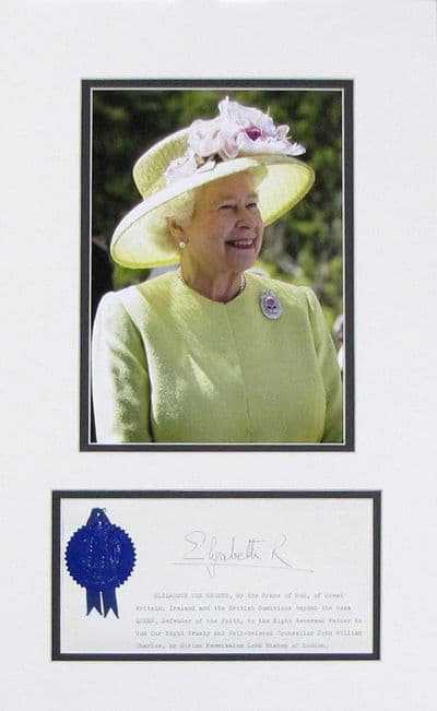 Queen Elizabeth II  Autograph Display