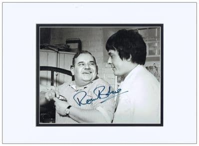 Ronnie Barker Autograph Signed Photo - Porridge