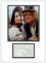 Una Stubbs Autograph Signed Display - Worzel Gummidge