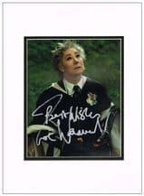 Zoe Wanamaker Autograph Signed Photo - Madam Hooch